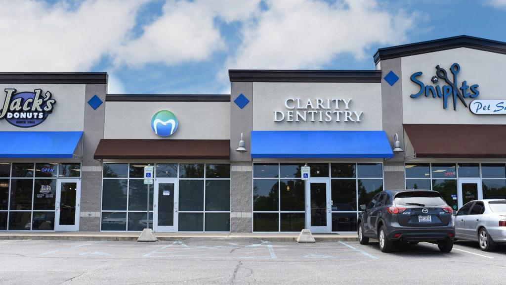 Clarity Dentistry Indianapolis Dental Office Exterior Photo