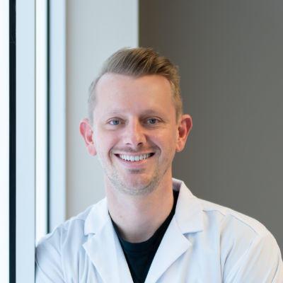 Dr. Ross Bowen DDS