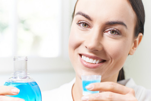 Choosing the Best Mouthwash for Gingivitis | Clarity Dentistry Blog